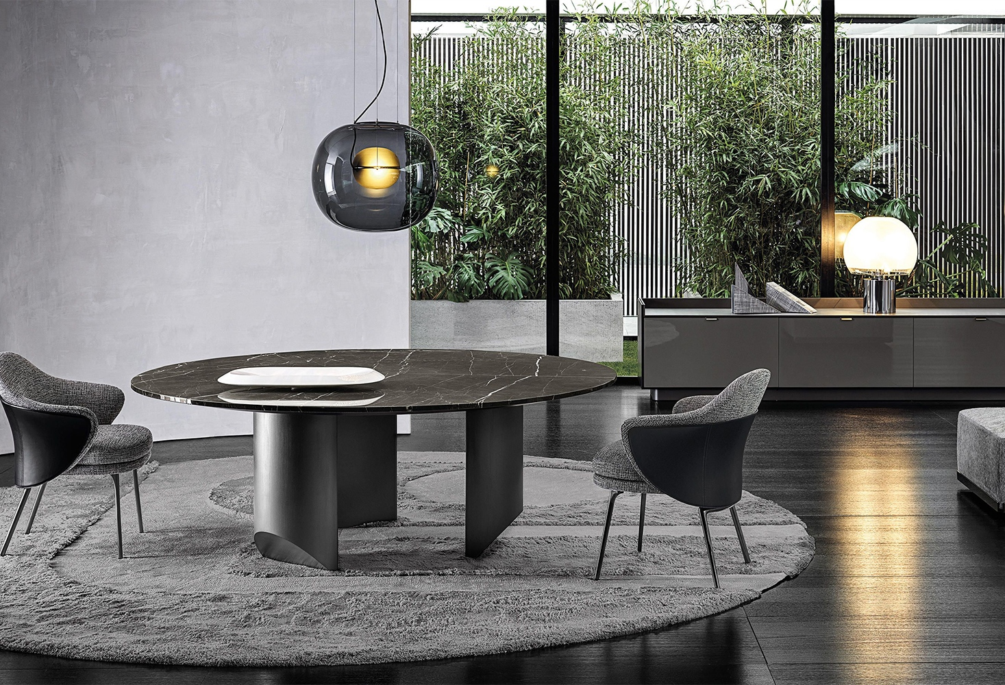 WEDGE TABLE - Dining tables from Minotti _ Architonic